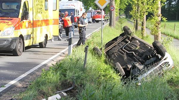 04.06.2013 um 08:28 Uhr – Verkehrsunfall 2 Personen eingeklemmt