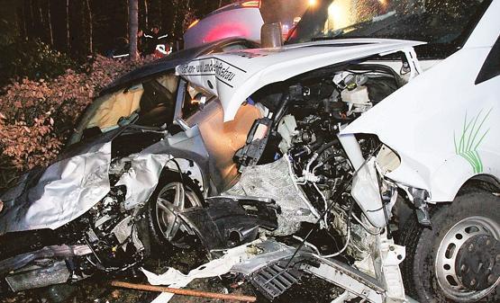 04.02.2014 um 17:32 Uhr – Verkehrsunfall mit Schwerverletzten und 4 beteiligten Fahrzeugen