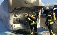 Am 21.01.2016 um 11:59 Uhr - Fahrzeugbrand klein / Brennt Bus