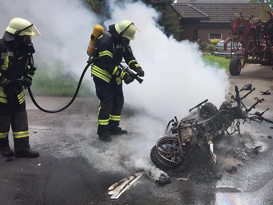 Am 25.06.2017 Um 13:03Uhr – Brennt Motorrad nach Verkehrsunfall