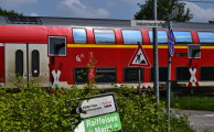 Am 19.05.2018 um 11:58 Einsatz: Pkw vs Personenzug